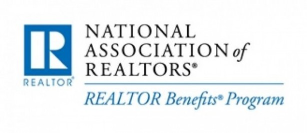 3_NAR_Horiz_RealtorBenefits_RGB_small-e1332620712703